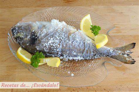dorada  la sal  pescado al horno facilisimo recetas