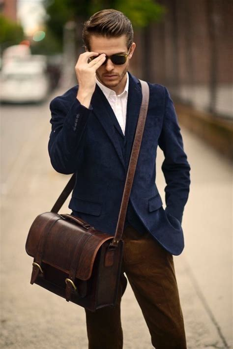 Navy Blazer/Sportcoat | Famous Outfits