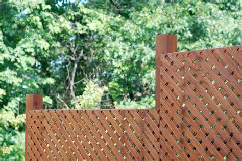Sichtschutz Fuer Den Balkon Das Schuetzt Vor Fremden Blicken by Mehr Privatsph 228 Re Sichtschutz F 252 R Balkon Und Terrasse