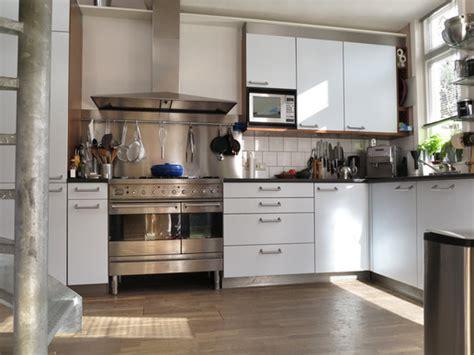 Urban Kitchens : Richmond Hill Modern Kitchen Design