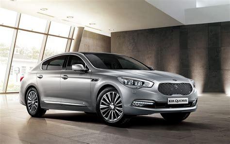 Kia Luxury Car Comparison