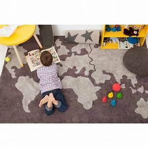 Tapis Chambre Enfant : tapis mappemonde gris pour chambre enfant lorena canals c map ~ Teatrodelosmanantiales.com Idées de Décoration