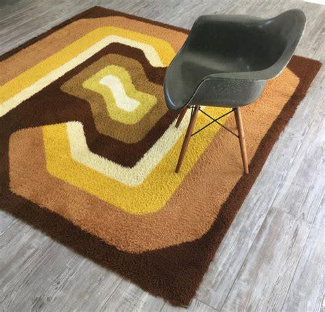 tapis vintage annees  les vieilles choses