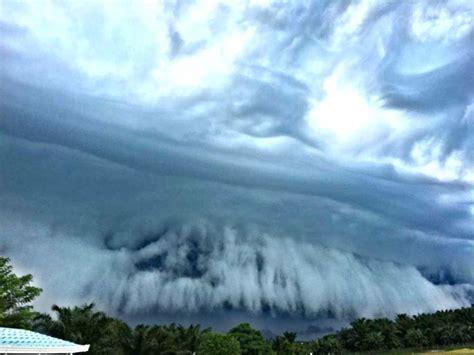 cloud photos photos cloud tsunami hits sabah
