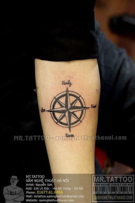 hinh xam la ban compass tattoo  hinh xam dep tai