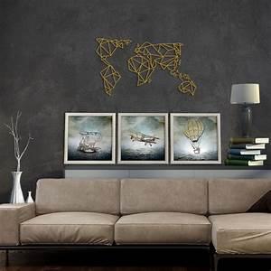 Decoration Murale Monde : d coration murale m tal de la carte du monde en version or pour un int rieur design disponible ~ Teatrodelosmanantiales.com Idées de Décoration