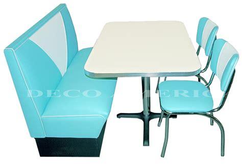 coin banquette cuisine coin repas avec banquette et chaises vintage deco americaine