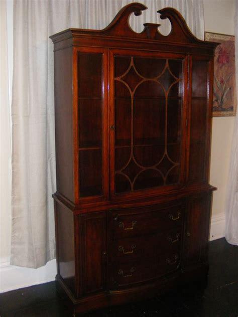 antique bernhardt china cabinet antique bernhardt china cabinet marva s placemarva s place