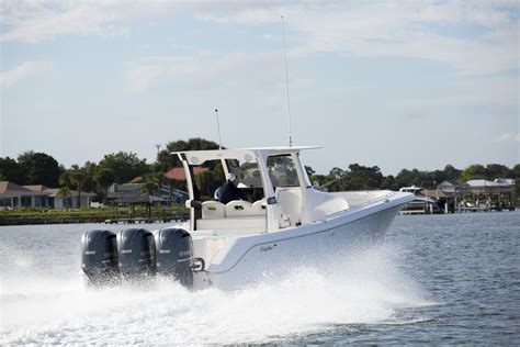 Edgewater Boats Parts by Edgewater 368cc Commanding Center Console Boats