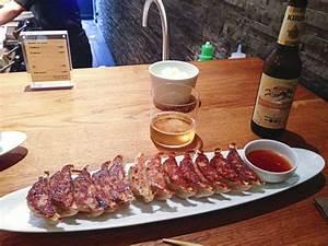 Gyoza Bar Paris : gyoza bar japanese dumplings in paris dusty marlina ~ Voncanada.com Idées de Décoration