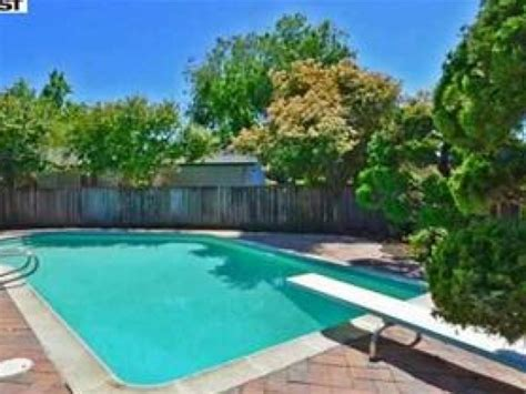 where to sell a pool homes with swimming pools harder or easier to sell