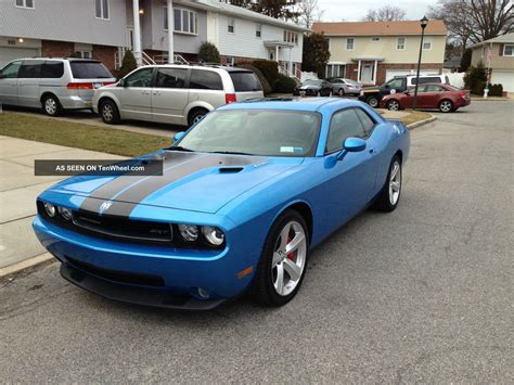 2010 Dodge Challenger Srt8 Coupe 6. 1l Blue Pearlcoat