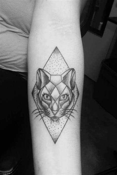 55 Meaningful Geometric Animals Tattoo To Try