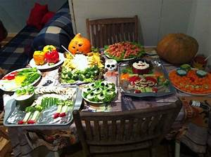 Buffet Halloween : halloween buffet at chez hesketh picture of chez ~ Dode.kayakingforconservation.com Idées de Décoration