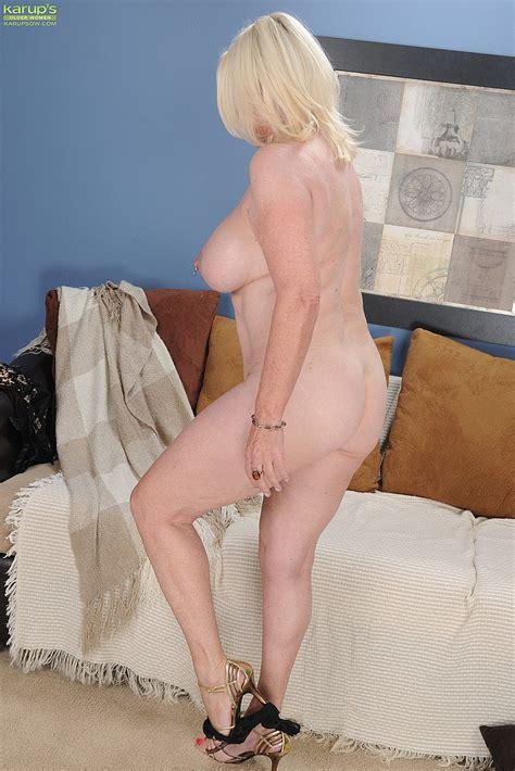 Bloke MILF Angelique Tease And Get Naked MILF Fox
