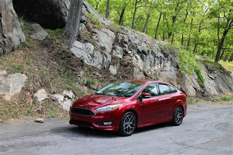 ford focus  ecoboost gas mileage review