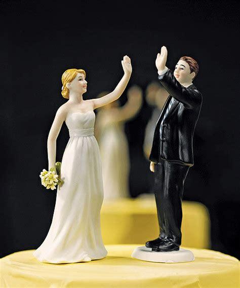 high  bride  groom funny couple wedding cake topper