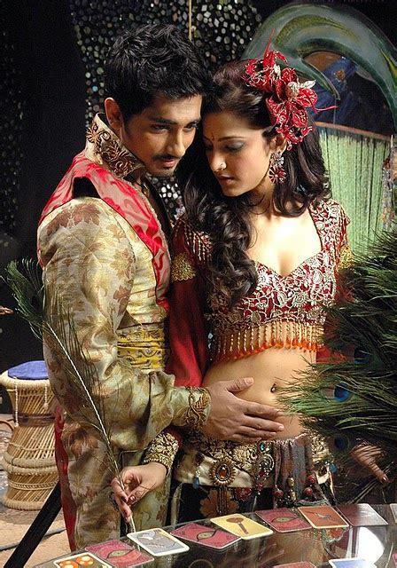 film actress hot pics shruti haasan hot navel touch  red choli