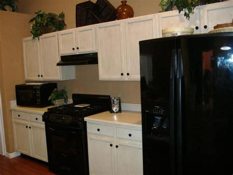 how to refinish wood cabinets kitchen wonderful refinishing wood kitchen cabinets idea