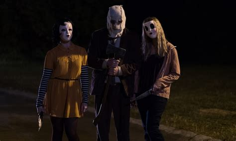 Stephen King It Wallpaper Another New The Strangers Prey At Night Image Brings The Creep Factor Dark Universe Horror