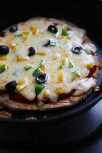 Wholewheat No Yeast No Oven Pizza Pizza Made On A Pan