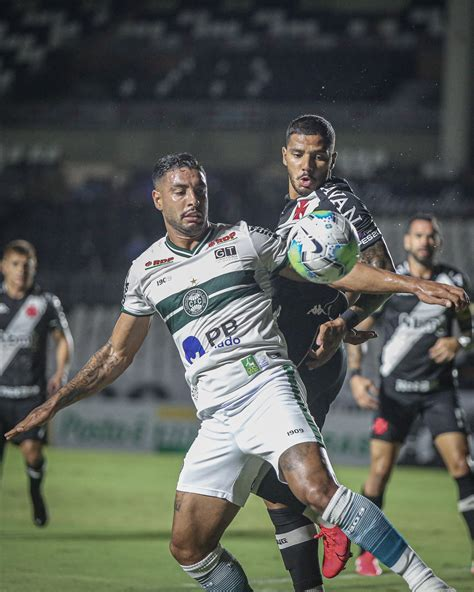 With one less, Vasco is defeated by Coritiba - Around ...