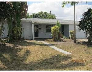 6470 South West 30 St, Hollywood, Florida 33023 REO Home
