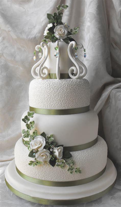 Stunning Wedding Cake ~ Cake Idea Red Velvet Wedding