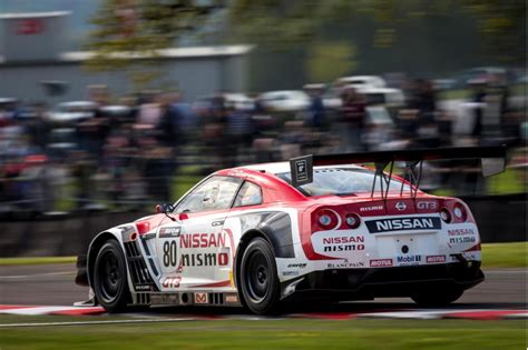 nissan nismo race car nick heidfeld to pilot nissan gt r nismo gt3 in 2014
