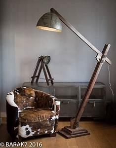 Lampe Sur Pied Industriel : luminaire type industriel luminaire industriel ampoule ~ Melissatoandfro.com Idées de Décoration