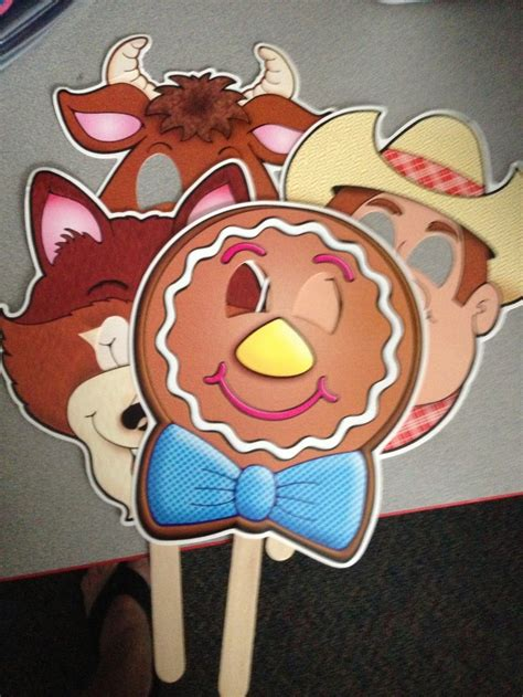 gingerbread boy story masks fairy talestraditional
