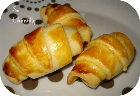 mini croissant biscuit 233 224 la noisette et aux amandes so chantilly