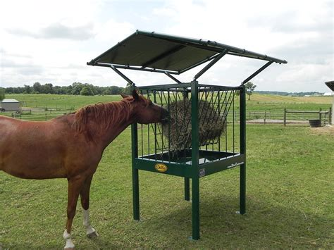 small square bale hay feeders  horses