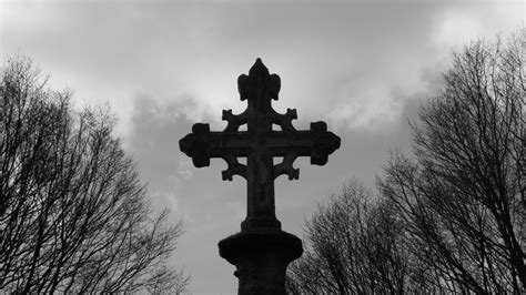 Closeup Black And White Photo Of Cross During Evening Time