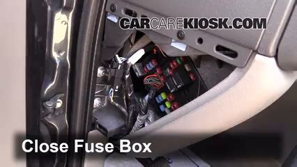 97 Gmc Suburban Fuse Box by 2000 2006 Chevrolet Tahoe Interior Fuse Check 2003
