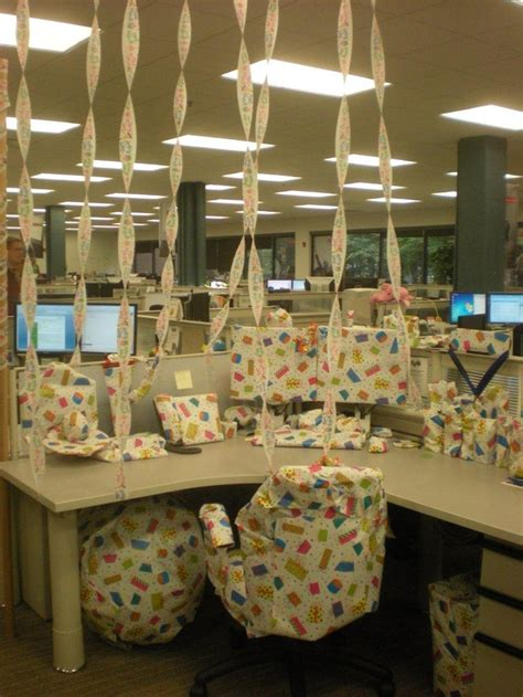 30th Birthday Cubicle Decorations by 25 Best Ideas About Office Birthday On Office