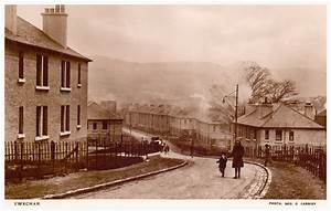 Old Twechar Housing Street Scene. | A really nice real ...