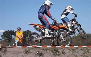 Sud Ouest Moto : succ s populaire du moto cross sud ~ Medecine-chirurgie-esthetiques.com Avis de Voitures
