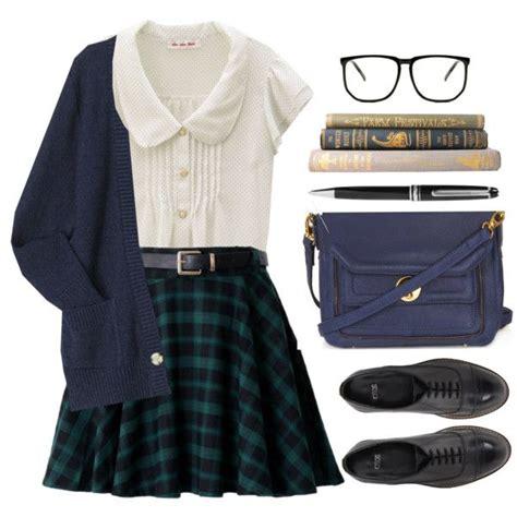 25+ best ideas about School uniform outfits on Pinterest | School uniform style School uniform ...