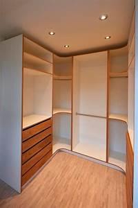 Kleiderschränke Nach Maß : begehbare kleiderschr nke nach ma ideas pinterest begehbarer kleiderschrank ~ Orissabook.com Haus und Dekorationen