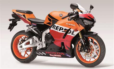 honda cbr range honda axes cbr600rr sportsbike from 2017 range image 513967