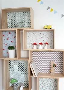 Etagere caisse decorative en bois et tissu emilie l for Idee deco cuisine avec magasin lit