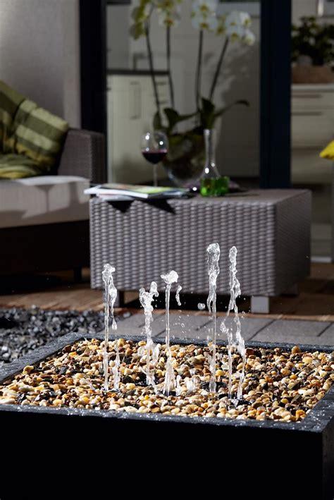 faire une fontaine cuisine fontaine de jardin installer une fontaine dans