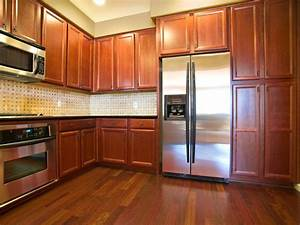 Oak Kitchen Cabinets: Pictures, Ideas & Tips From HGTV HGTV
