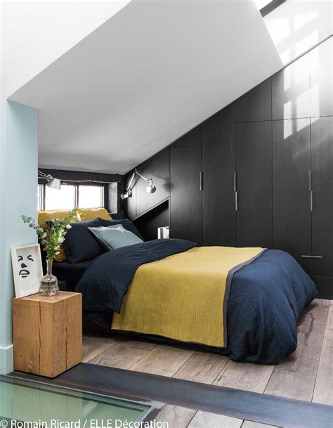 une chambre à la cagne un triplex parisien à la déco minérale décoration