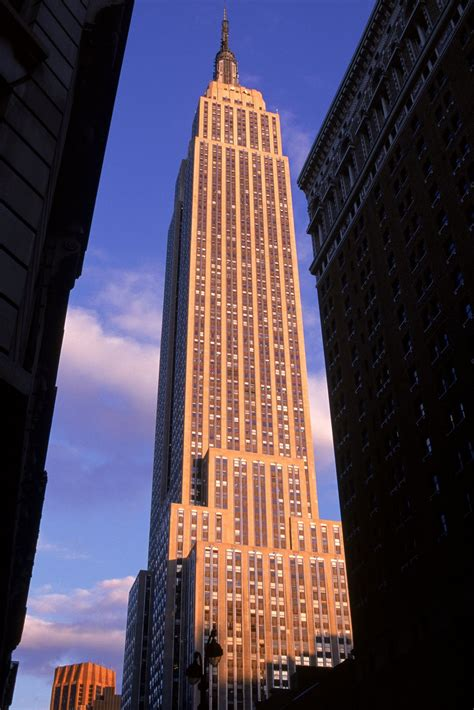 50 Extraordinary Photos Of Empire State Building, A New