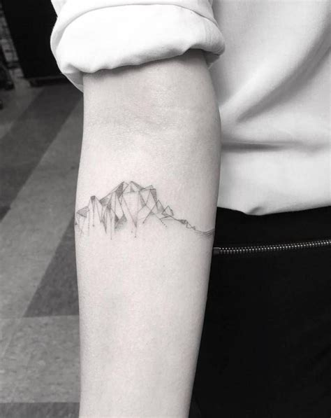 line style cubist mountain range on the right inner