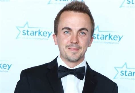 frankie muniz lives where who are the members of malcolm in the middle where are
