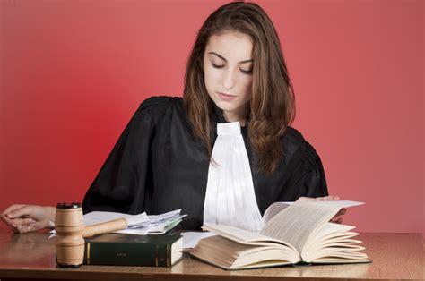 offres emploi assistant juridique