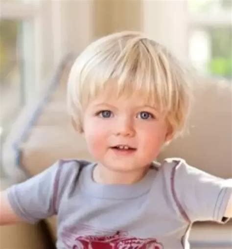 Hair Turning With Age by If Your Child Was Born With Hair Did It Turn Brown